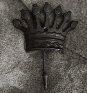 Smeedijzeren kroon met haak