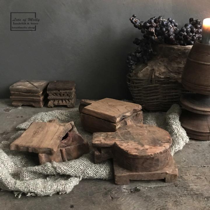 Originele oude spicebox afkomstig uit Nepal