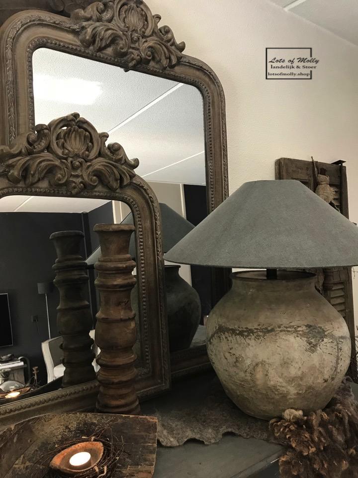 landelijke spiegel met franse kuif