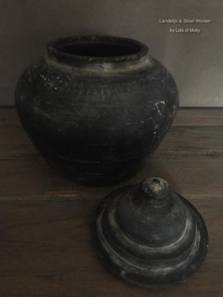 Antiek stenen potje