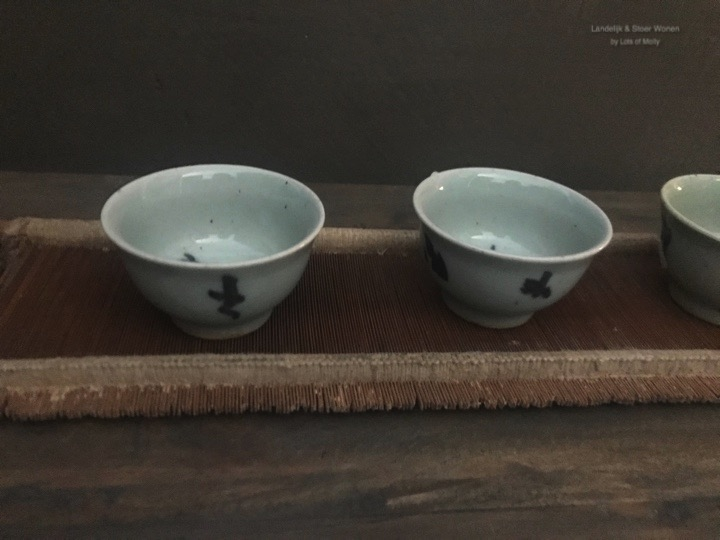 Originele Tea tray met 4 cups