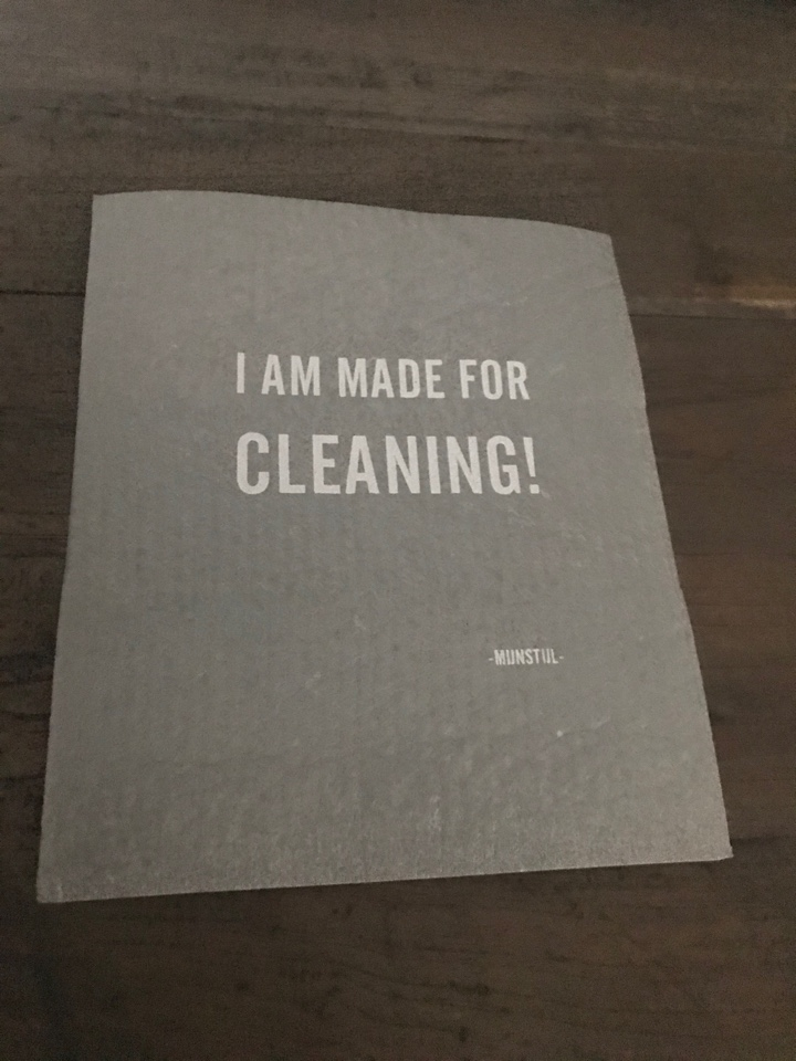 Vaatdoekje 100% biodegradable I am made for cleaning!