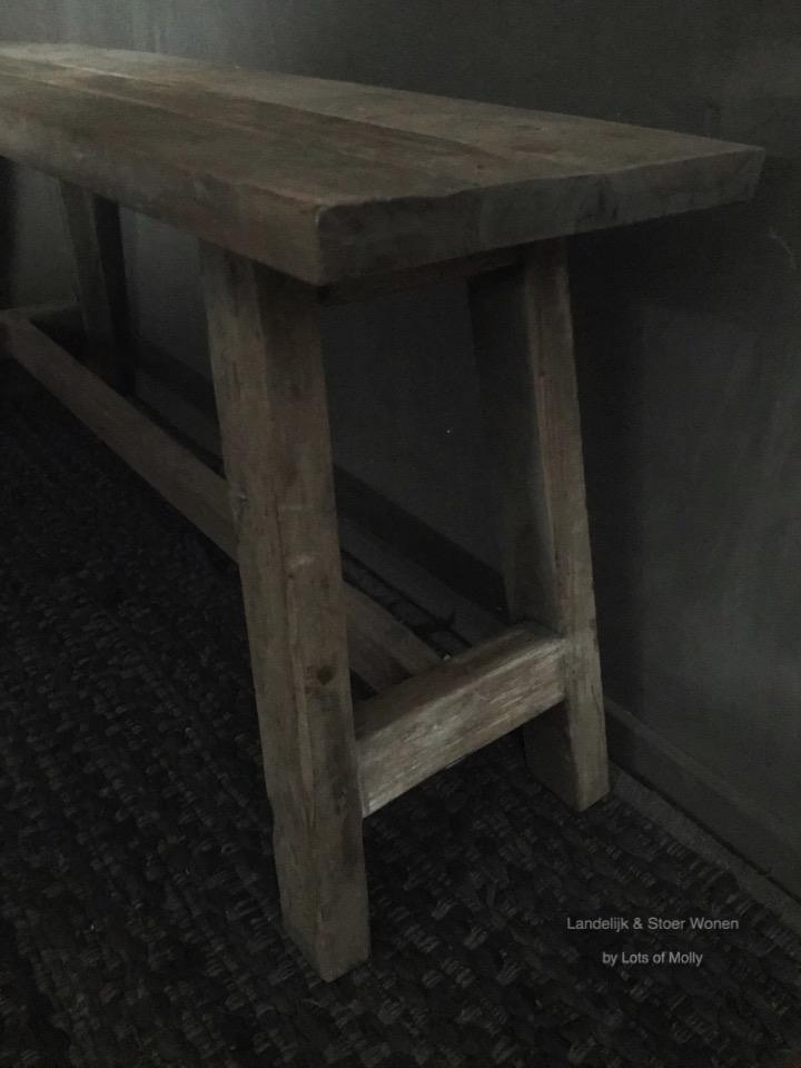 Aura's bankje hout van Aura Peeperkorn