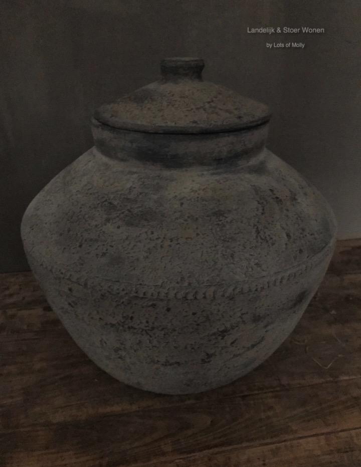 Stenen pot met deksel Kathmandu