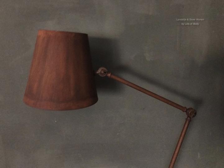 Vloerlamp roest